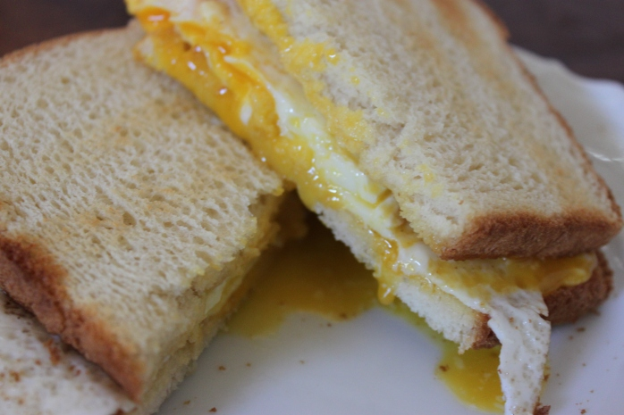 Mama Bear's Fried egg sandwich